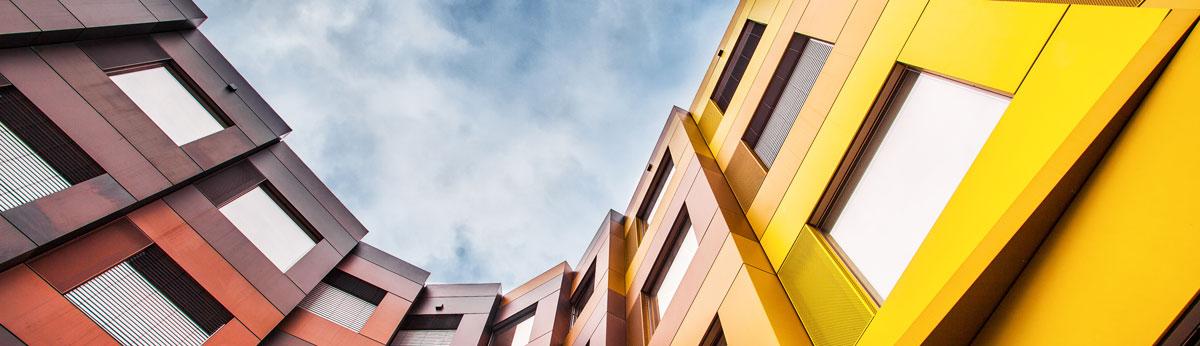 Banner edificios amarillentos
